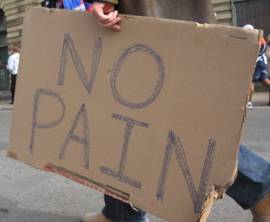sign with the words 'no pain'